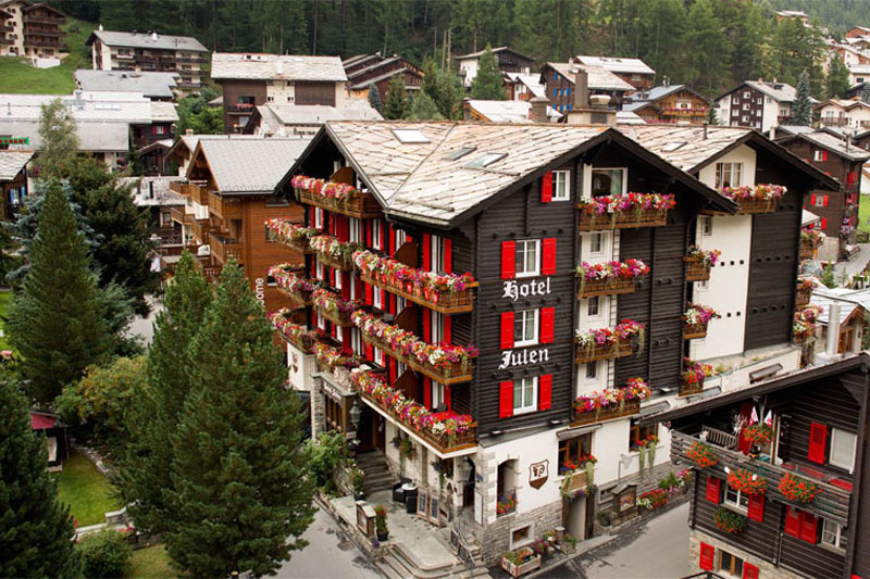 The Romantik Hotel Julen in the centre of Zermatt